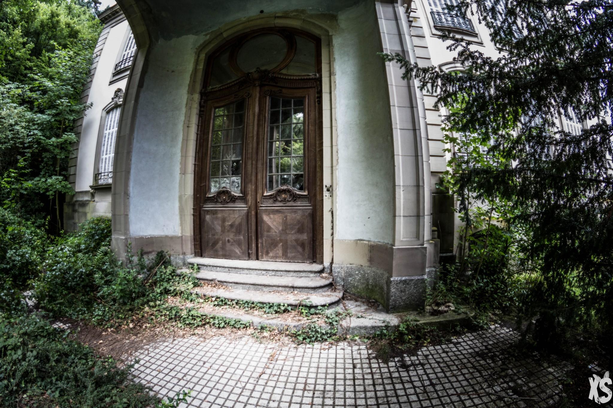 Château abandonné en Alsace