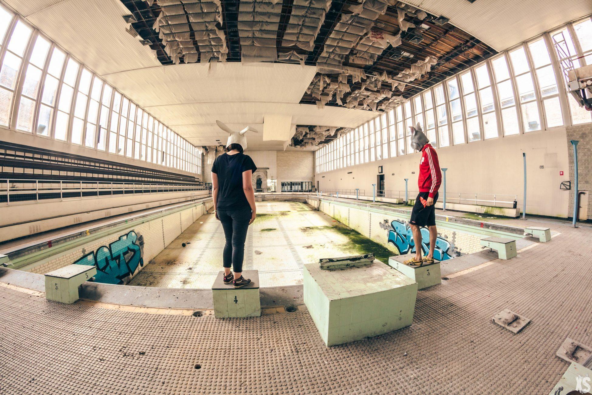 Magnifique piscine abandonnée dans la ville de Malines en Belgique