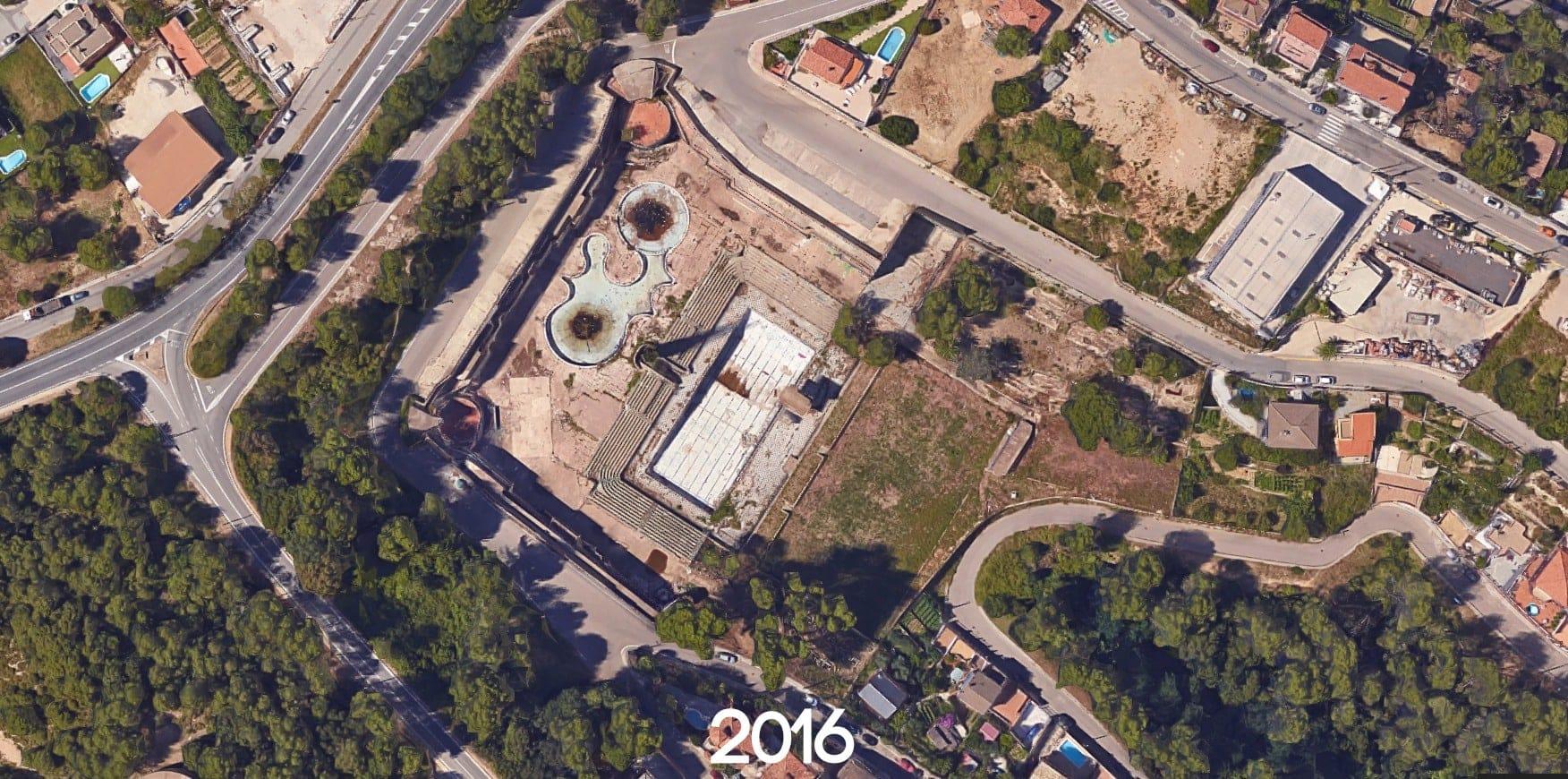Piscine olympique abandonnée en Espagne   urbexsession.com/piscine-olympique-de-vega   Urbex Espagne