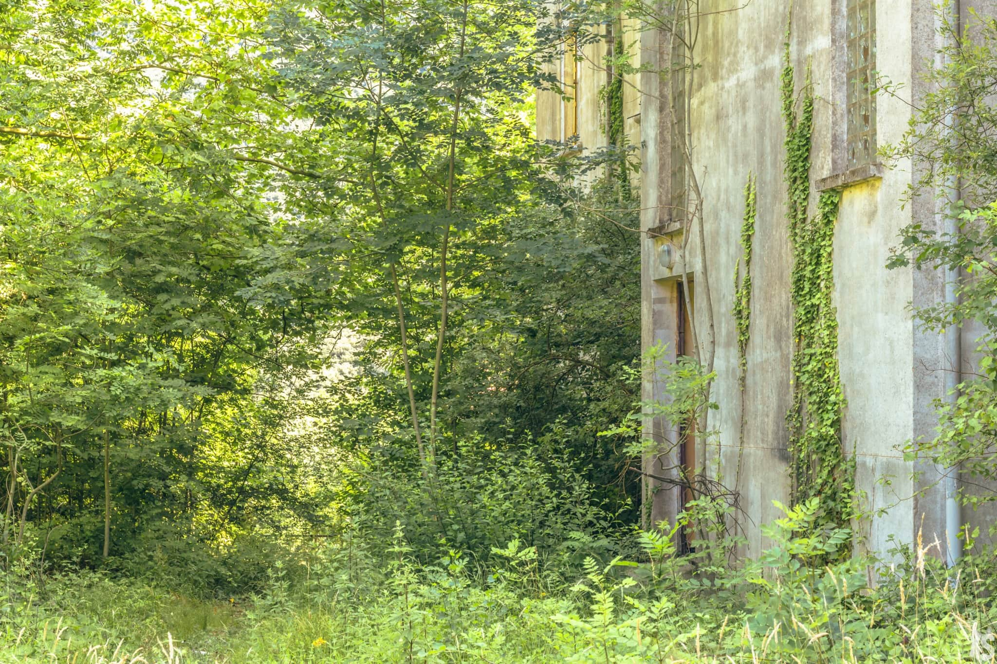 Pensionnat catholique abandonné en Languedoc-Roussillon