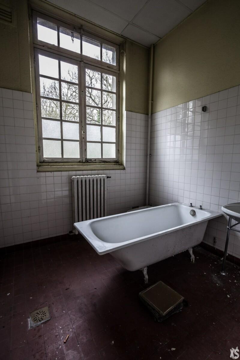Asile psychiatrique abandonné en région parisienne