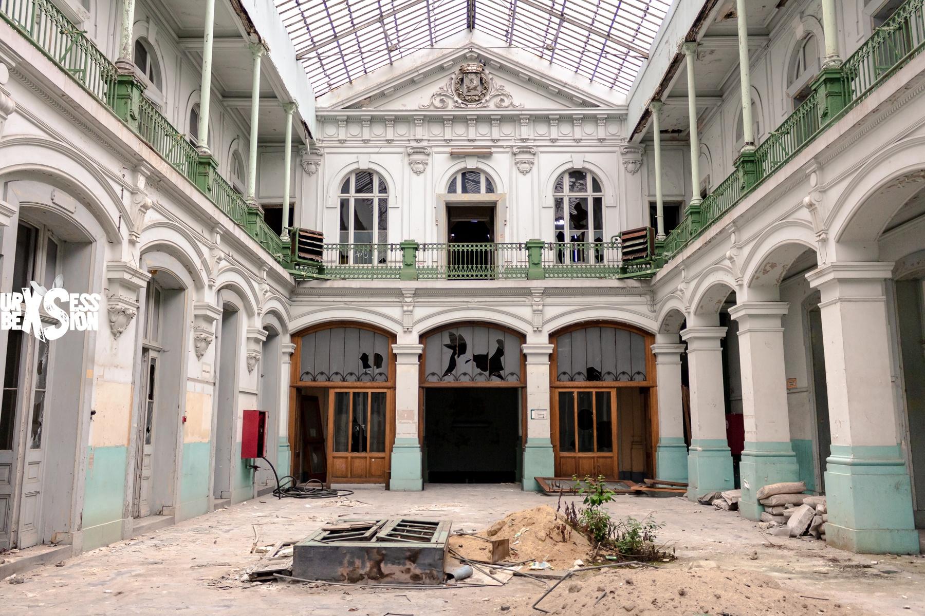 Magnifique lycée abandonné en Belgique