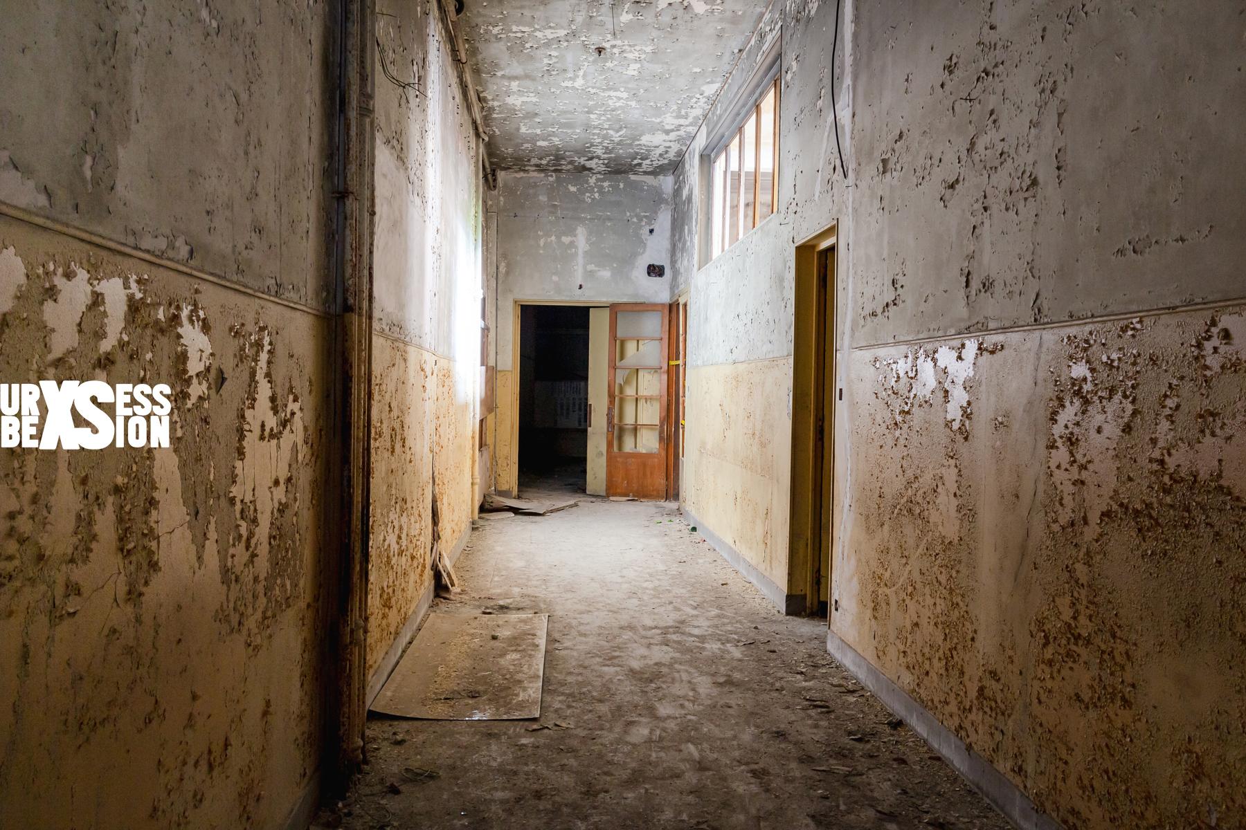 Abandoned hospital in France | urbexsession.com/en/felix-zehetner-hospital | Urbex France