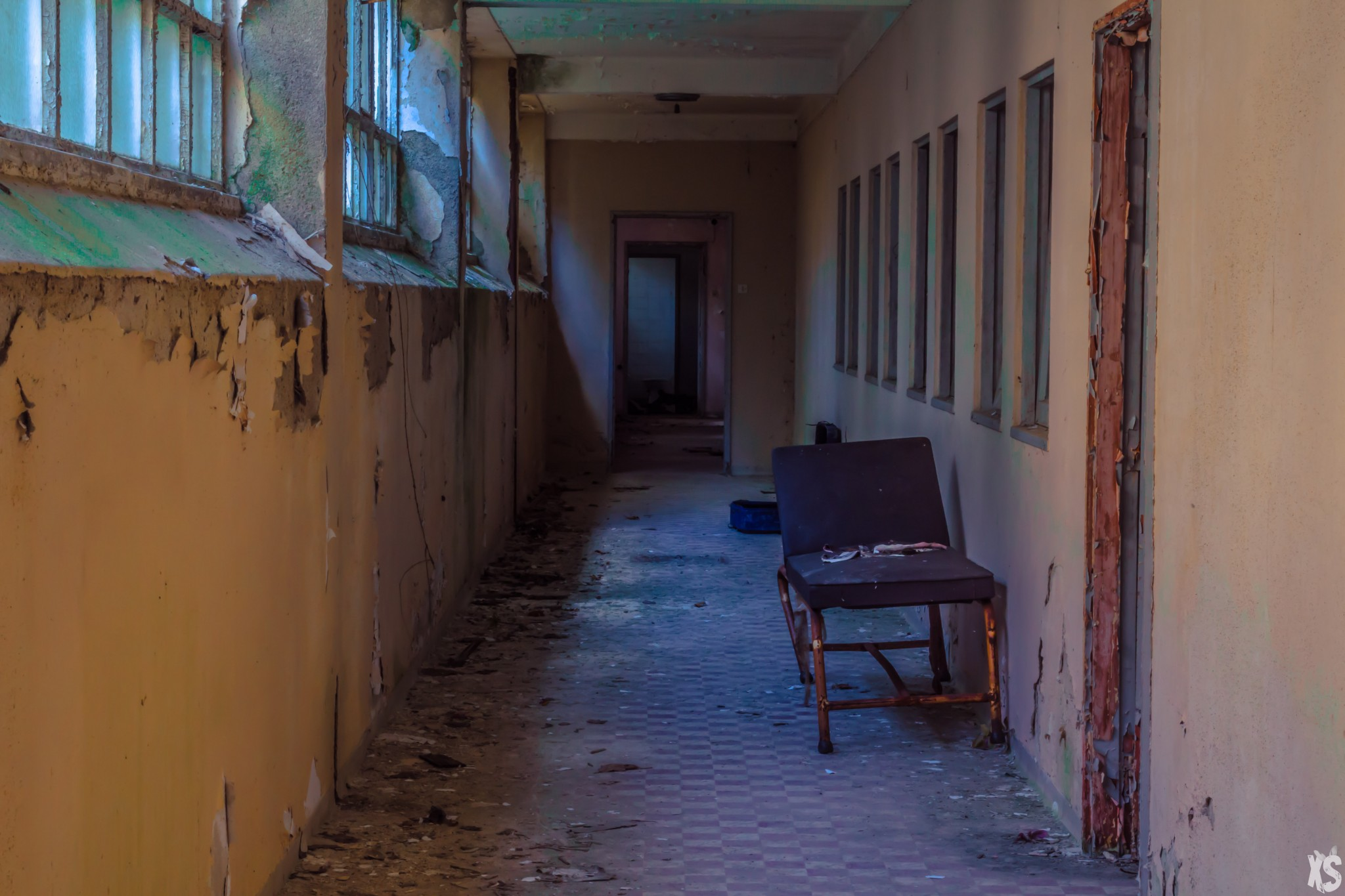 Abandoned Asylum in Portugal - Urbex