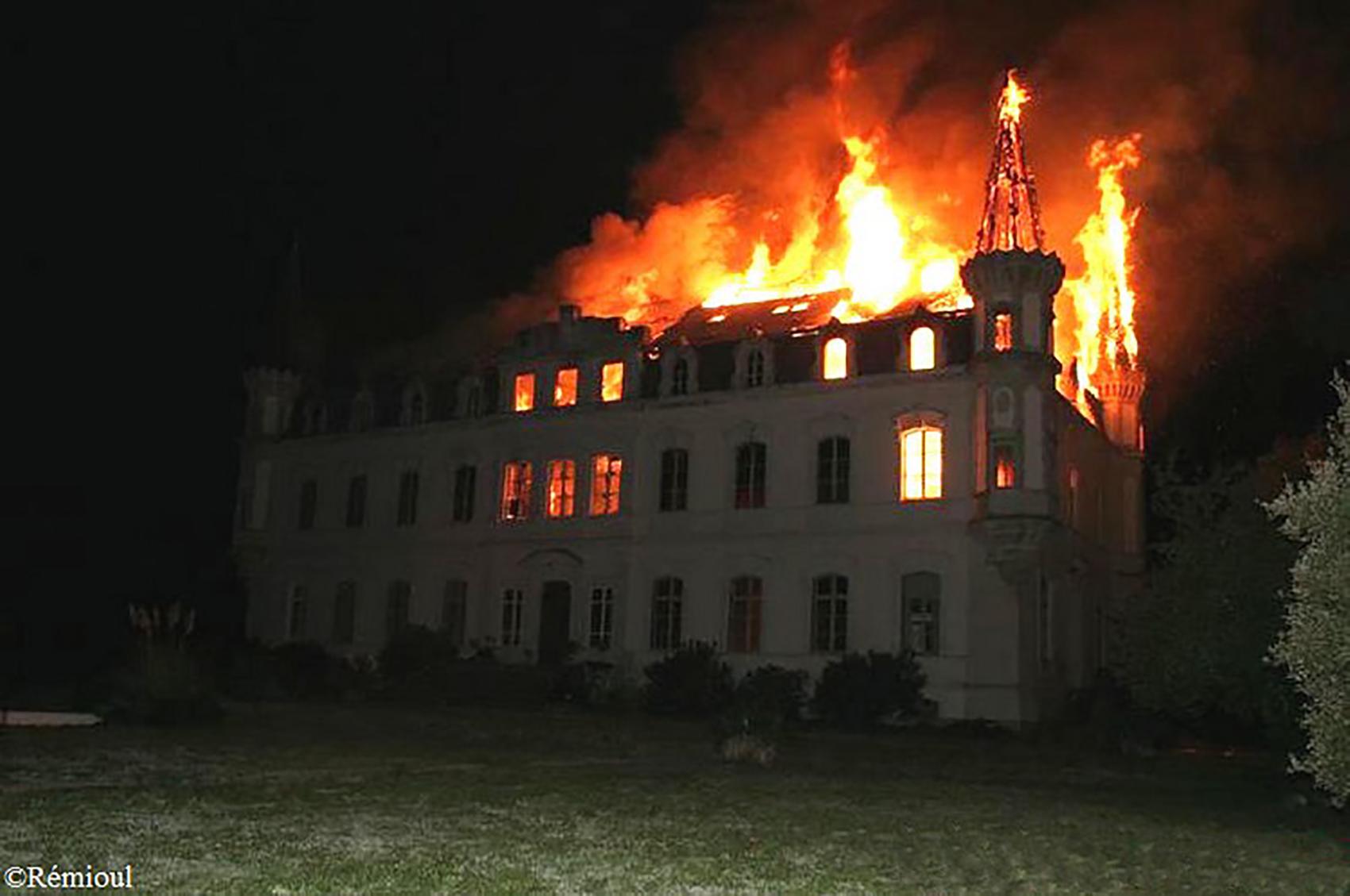chateau-valgros-incendie