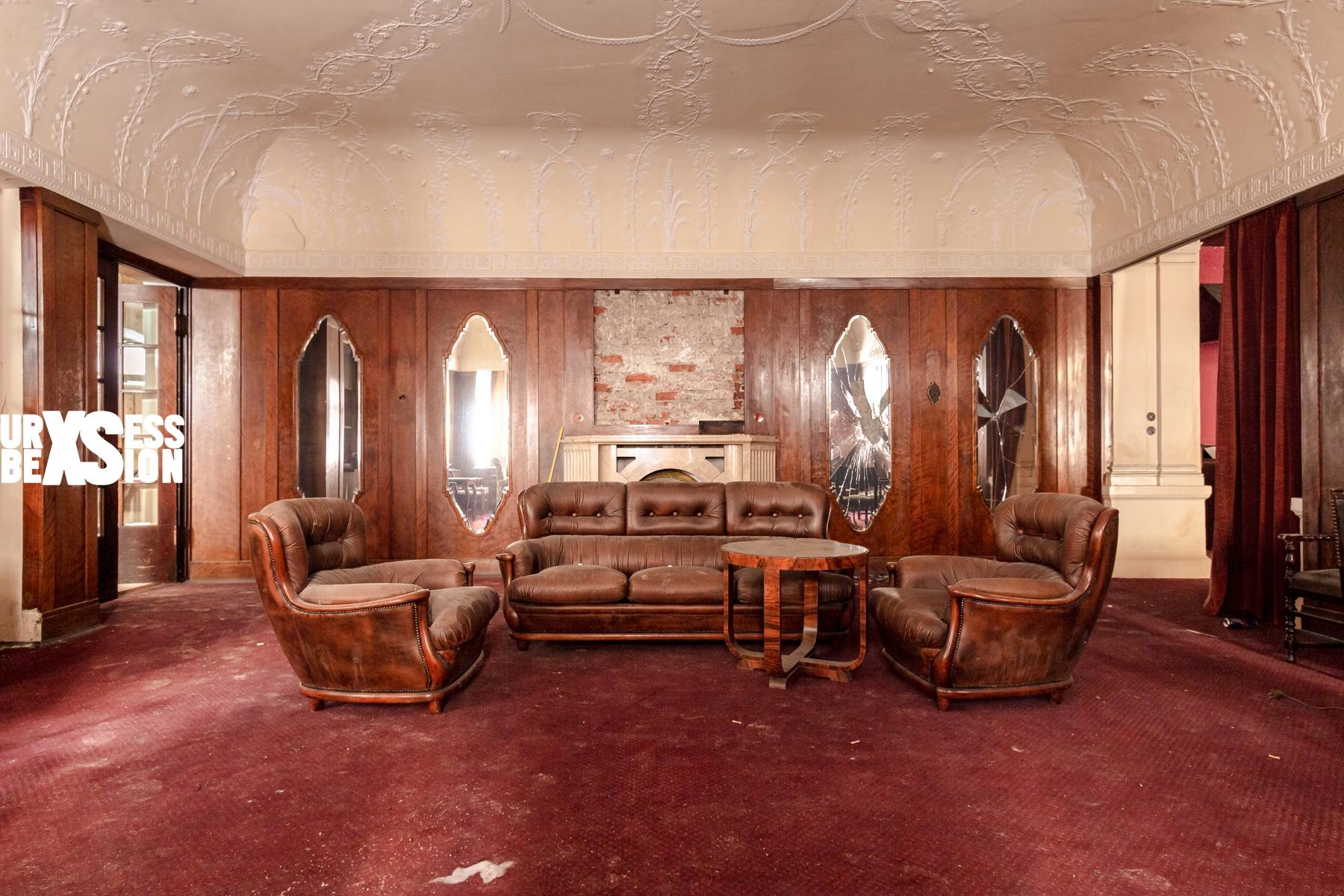 Abandoned hotel in Austria | urbexsession.com/en/udo-proksch-hotel | Urbex Austria