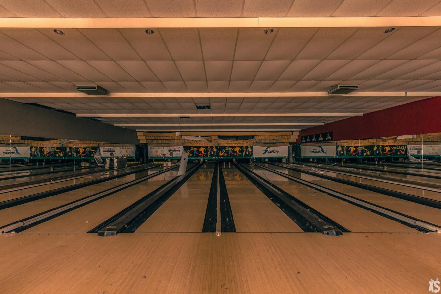 Bowling abandonné en Belgique   urbexsession.com/bowling-artur-ryno   Urbex Belgique