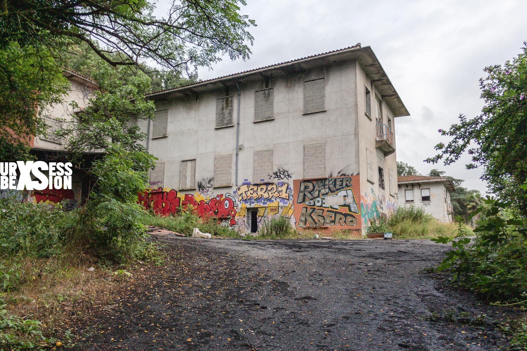 Maison de retraite abandonnée située à côté de Toulouse | urbexsession.com/maison-de-retraite-de-wysteria | Urbex France