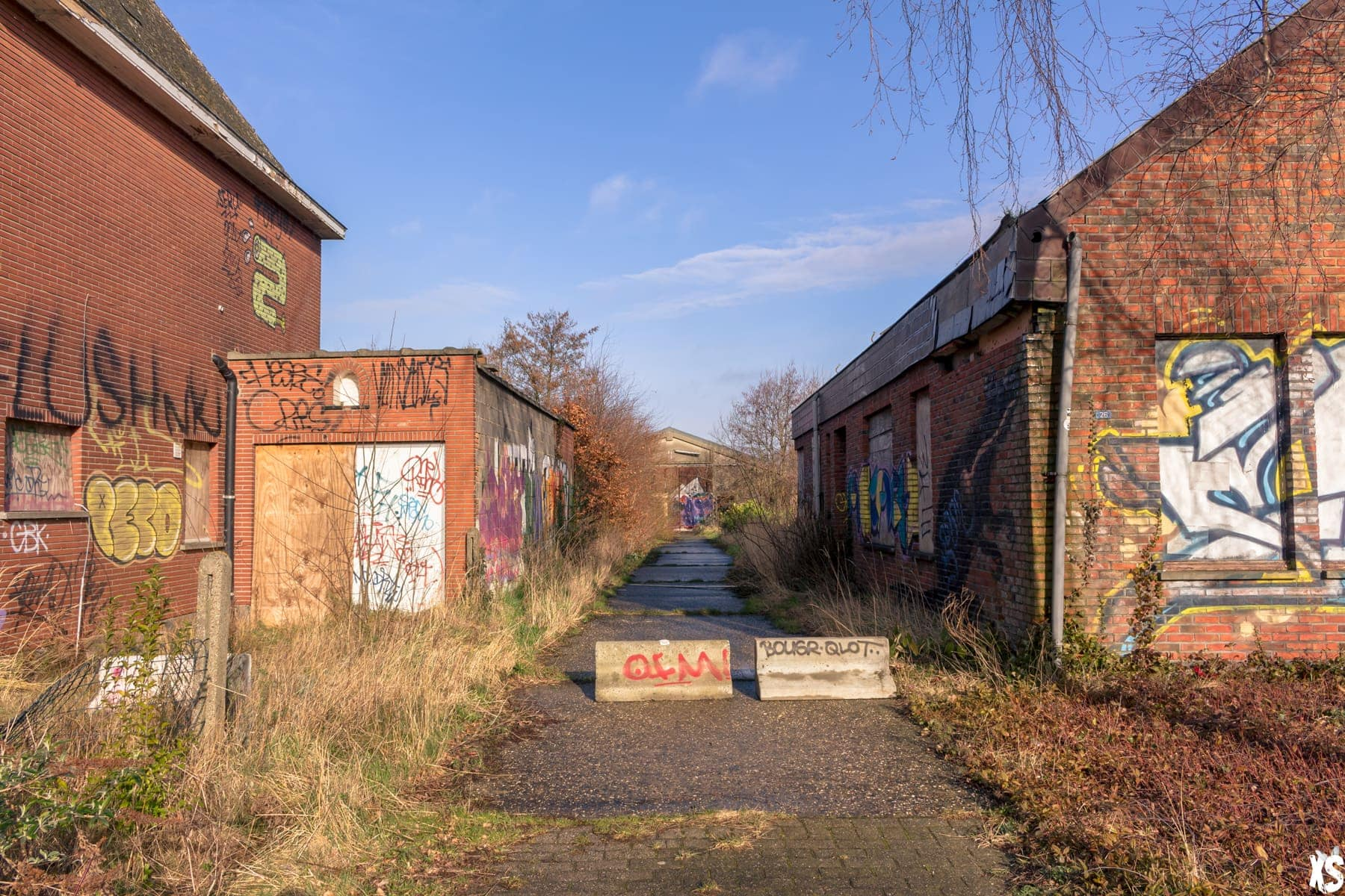 Abandoned City Of Doel : https://urbexsession.com/en/abandoned-city-of-doel