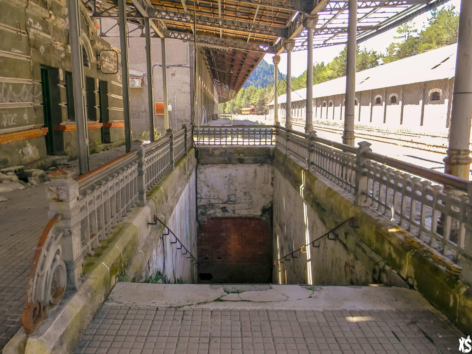 Gare abandonnée de Canfranc | urbexsession.com/gare-de-canfranc | Urbex Espagne