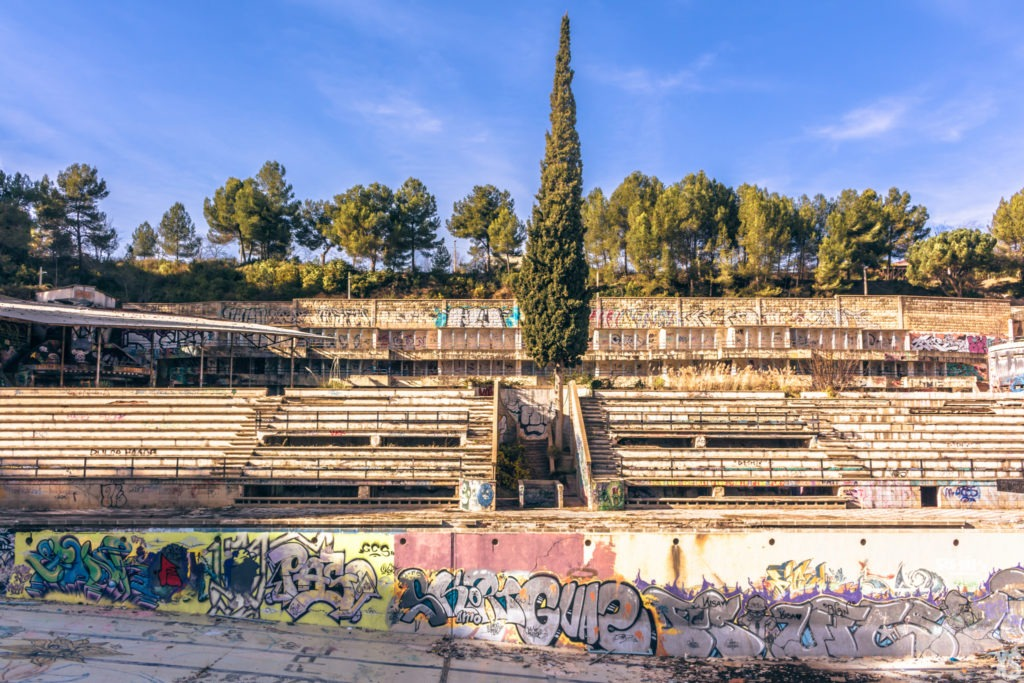 Abandoned Swimming Pool in Spain | urbexsession.com/en/abandoned-pool-in-rubi | Urbex Spain