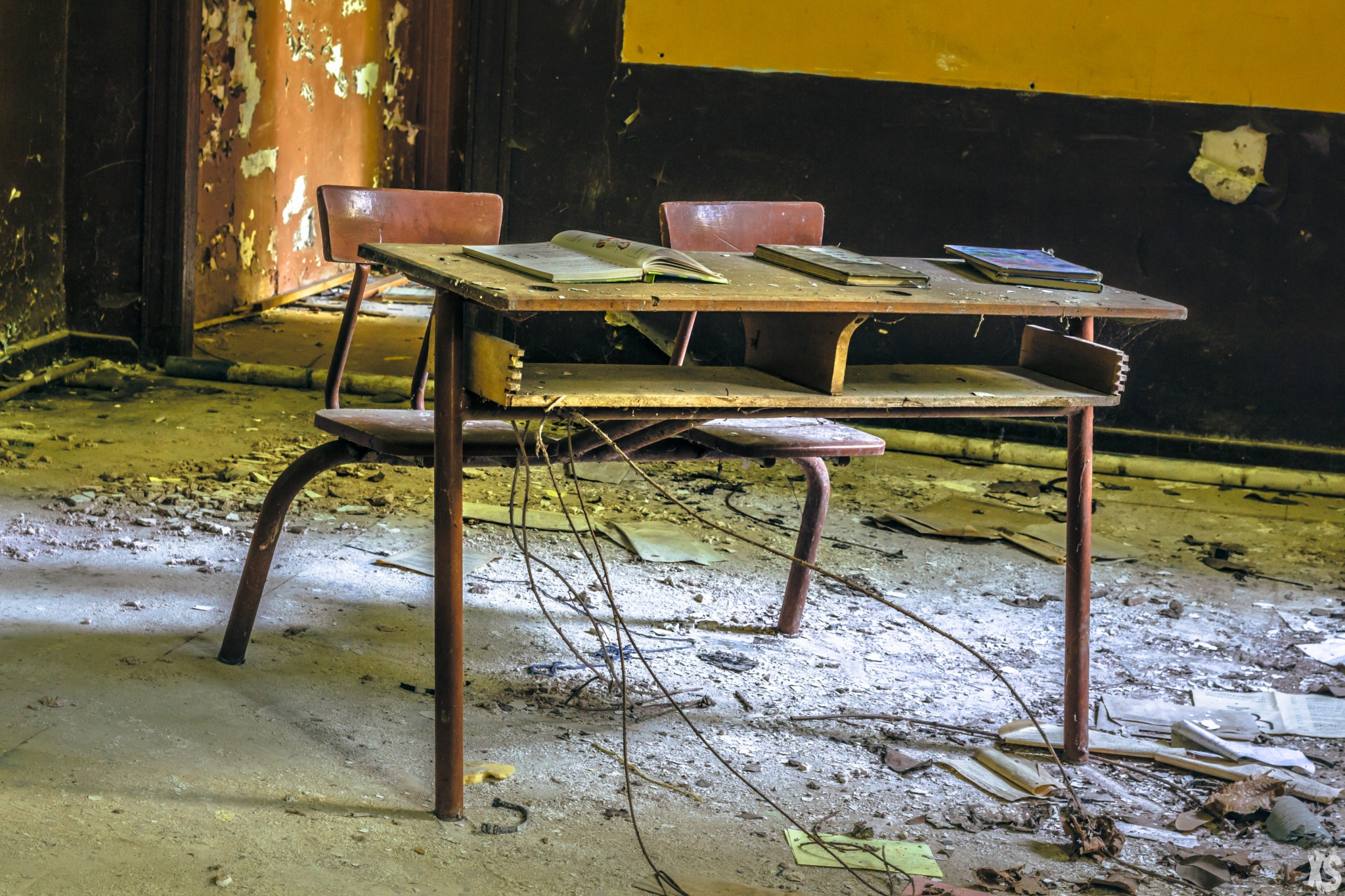 Abandoned school in France | urbexsession.com/en/joseph-vacher-school | Urbex France
