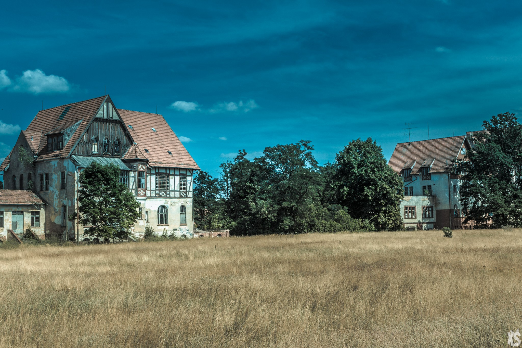 sanatorium-alexander-sandy-keith-2