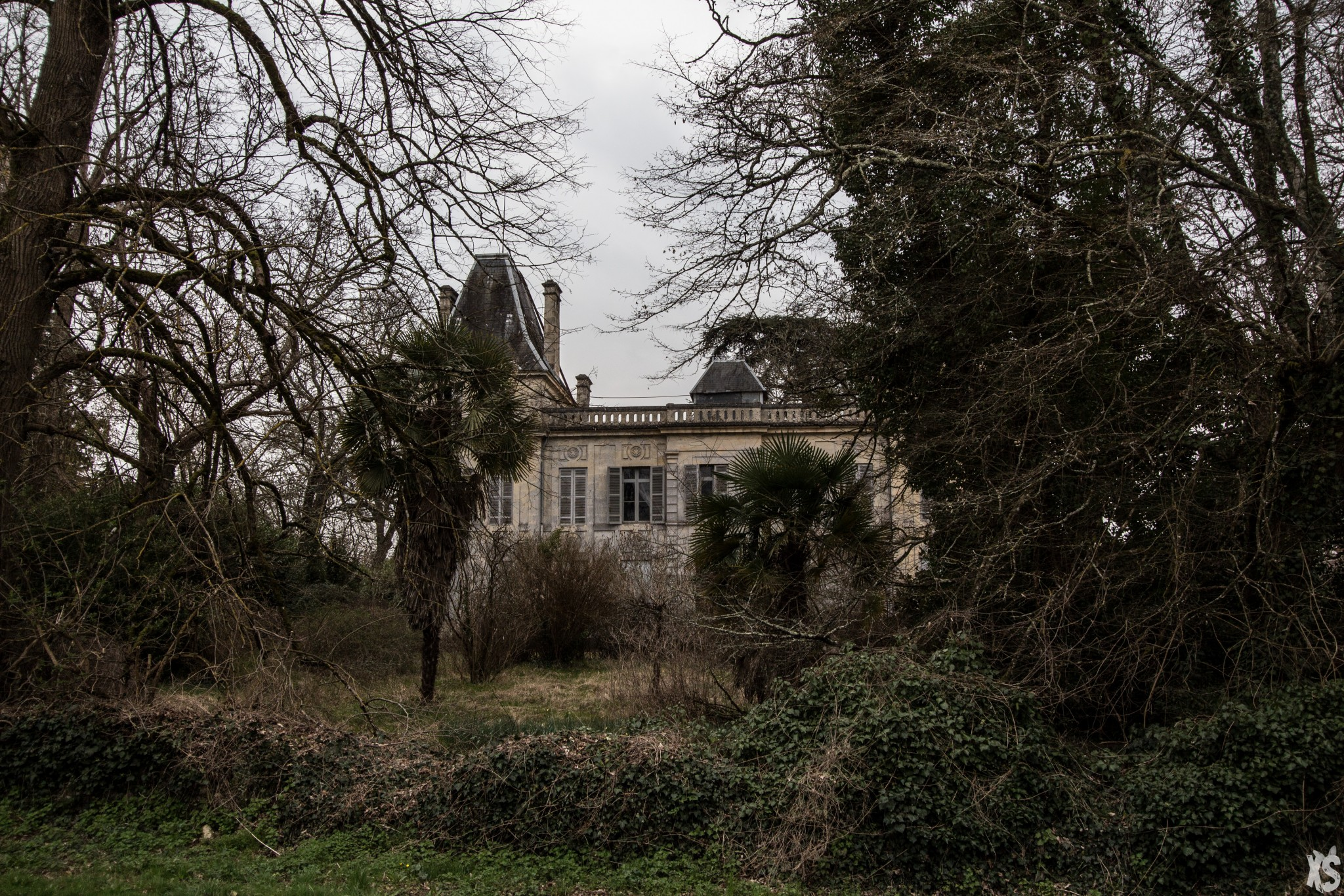 Château abandonné en Gironde