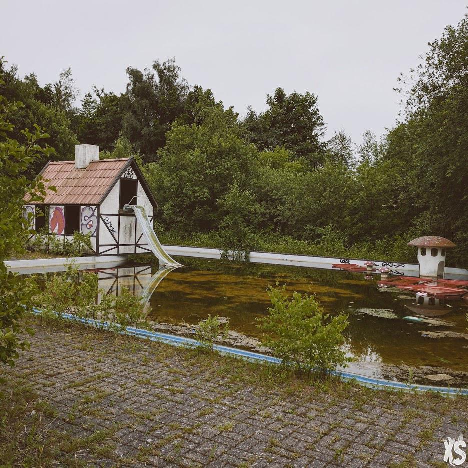 parc-aquatique-abandonné-danemark2