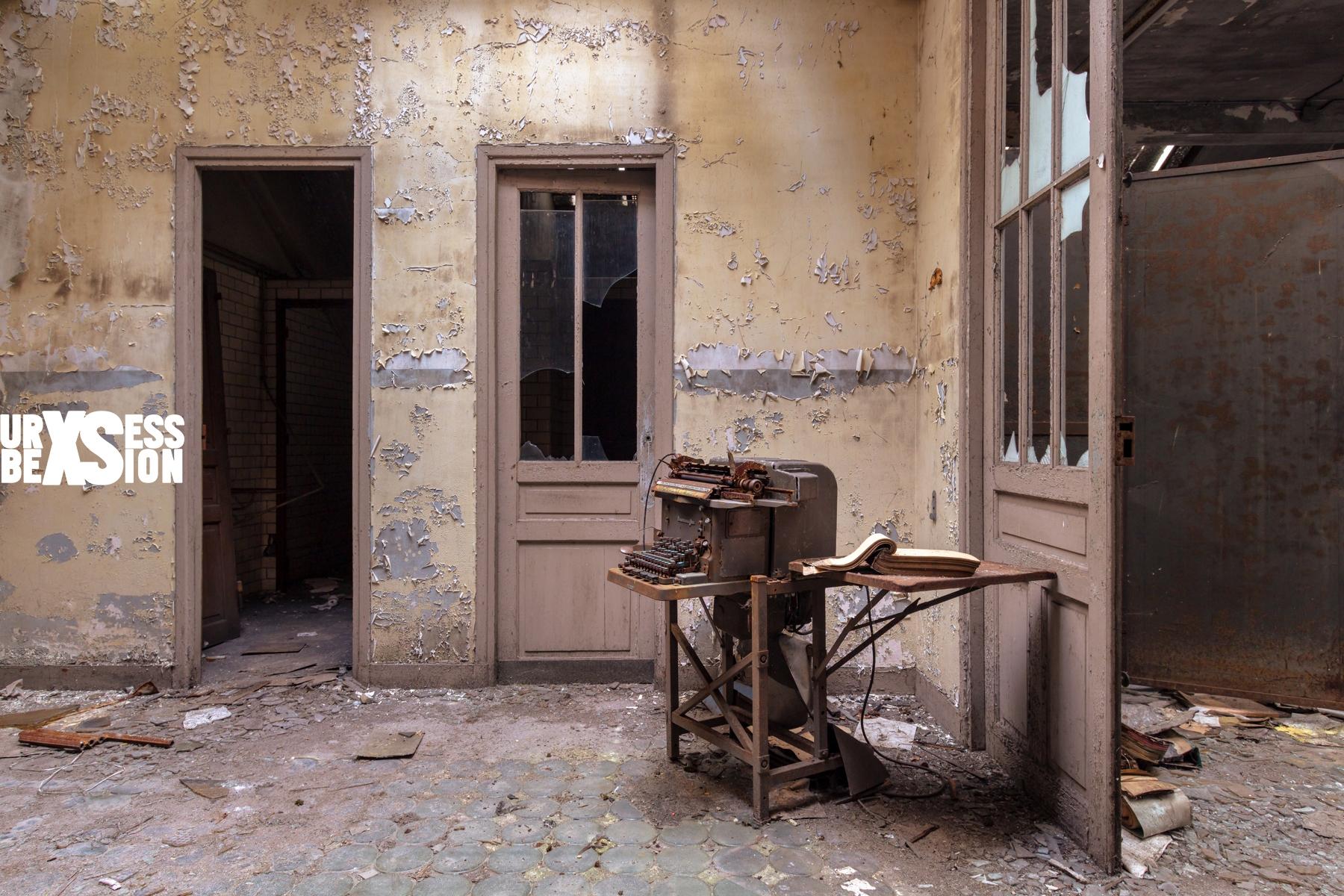 Le Bureau Central situé en Lorraine | urbexsession.com/bureau-engelmann | Urbex France