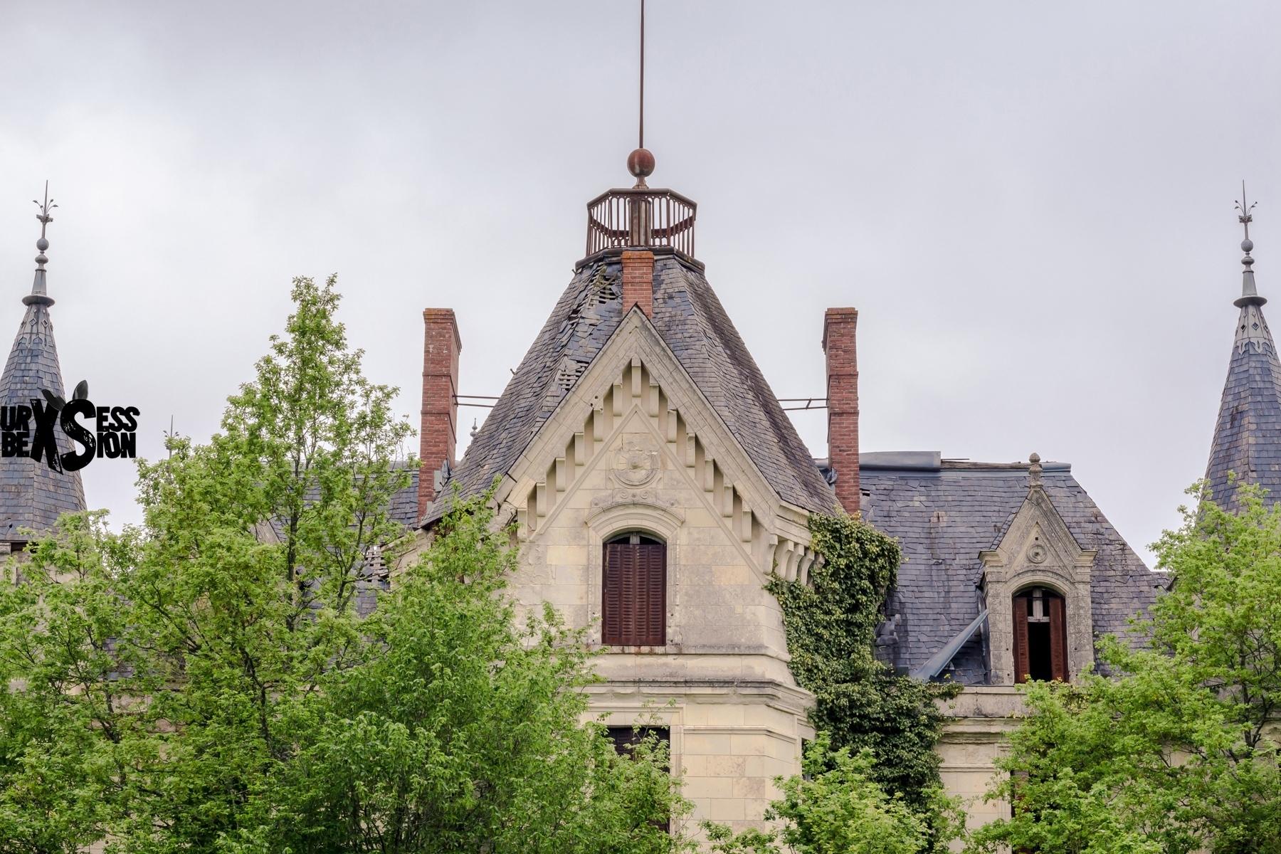 Château abandonné en France : https://urbexsession.com/chateau-vasiliy-kulik