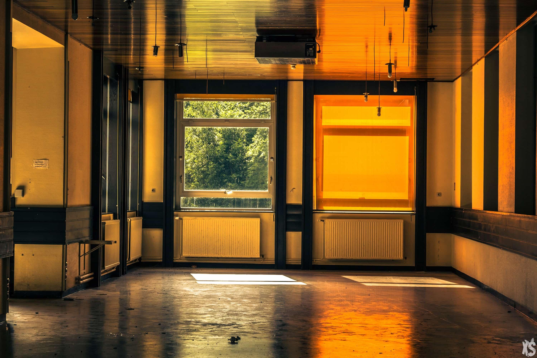 sanatorium-nina-housden-16