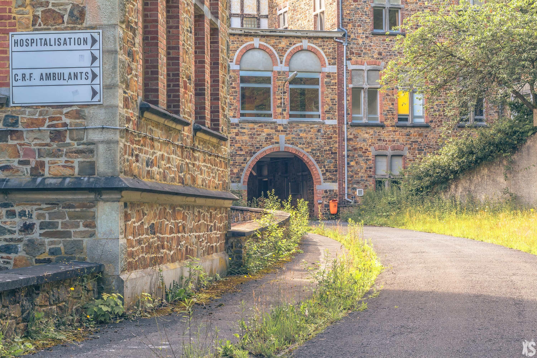 sanatorium-nina-housden-32