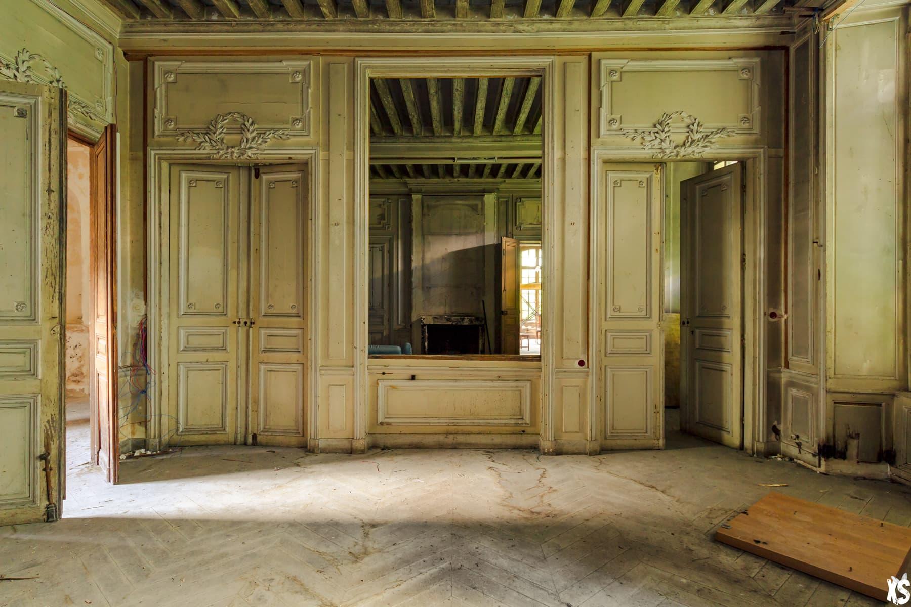 Château abandonné en France | urbexsession.com/chateau-larry-eyler | Urbex France