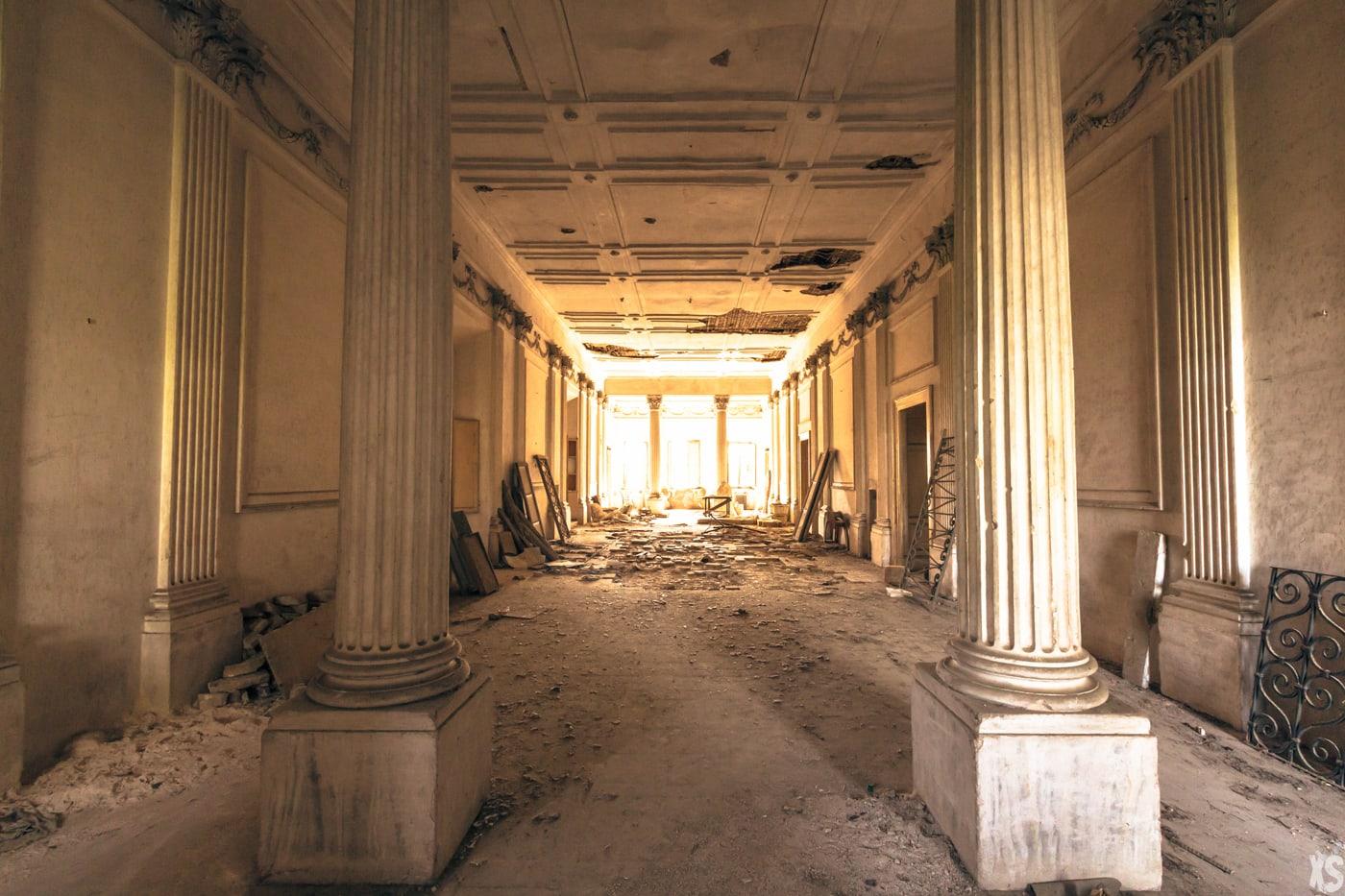 Villa abandonnée située en Italie - Urbex