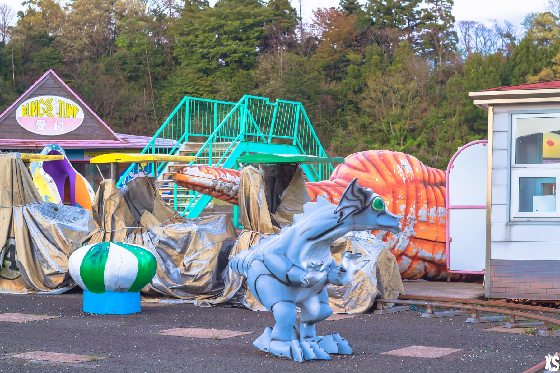 Wonderland - Parc d'attractions abandonnés au Japon : https://urbexsession.com/wonderland