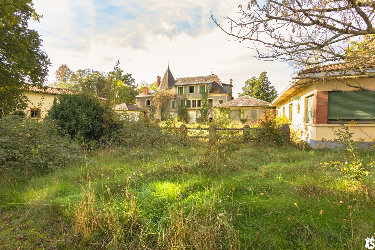 chateau-peter-dupas-3